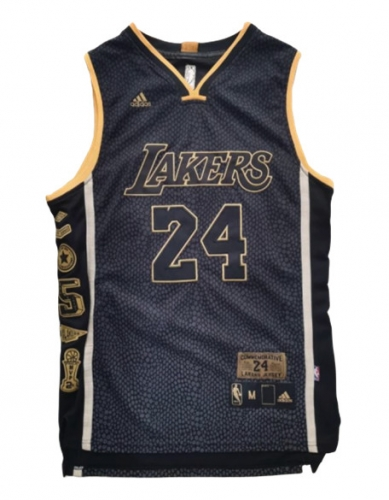 Cfb3 Kobe Bryant, Los Angeles Lakers - Commemorative